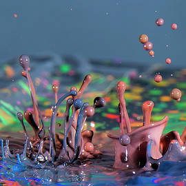 Chaotic Paint by Vanessa Valdes
