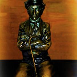 Joseph Hollingsworth - Charlie Chaplin Statue
