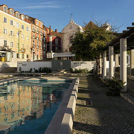Georgia Mizuleva - Charming Lisbon - Miradouro de Santa Luzia Morning Reflections