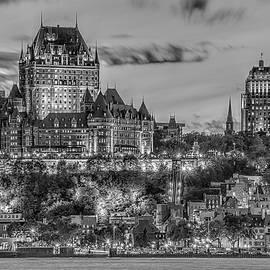 Elina Veyberman - Quebec Skyline