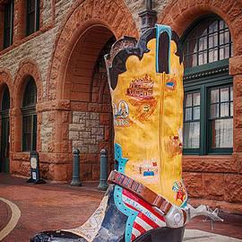 Priscilla Burgers - Cheyenne Boots
