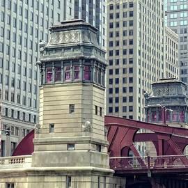 Chicago River Bridgehouse by Michelle Calkins
