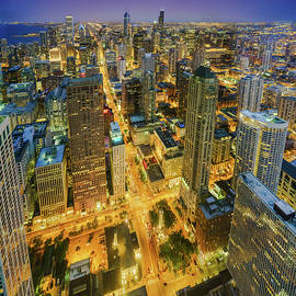 Scott Campbell - Chicago Skyline Magnificent Mile At Night
