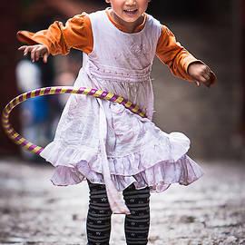 Chinese Girl by Sharon Yanai
