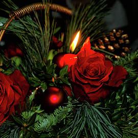 Christmas Centrepiece by Maria Keady