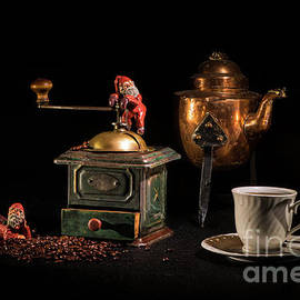 Christmas Coffee-time by Torbjorn Swenelius