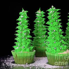 Tracy Hall - Christmas Tree Cupcakes