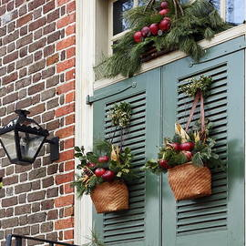 Christmas Welcome by Sally Weigand