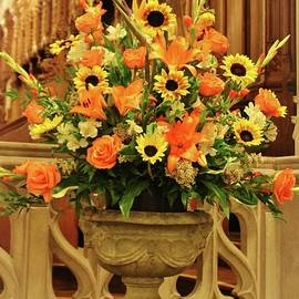 Cynthia Guinn - Church Floral