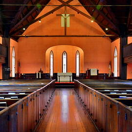 Church Of The Cross Sanctuary Bluffton Sc  by Lisa Wooten