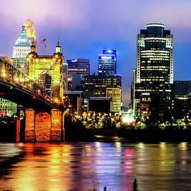 Gregory Ballos - Cincinnati Ohio Skyline and the Ohio River