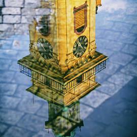 Mariola Bitner - City Reflections