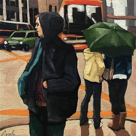 Linda Apple - City Walk - women in city