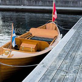 Les Palenik - Classic wooden Muskoka boat