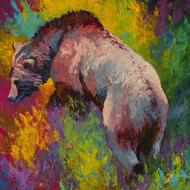 Climbing The Bank - Grizzly Bear by Marion Rose