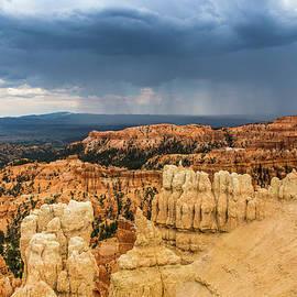 Lisa Lemmons-Powers - Cloud Burst Over the Canyon