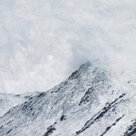 Priska Wettstein - Clouded Peaks