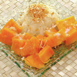 James Temple - Coconut Sweet Rice with Hawaiian Mango