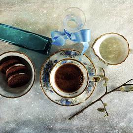 Randi Grace Nilsberg - Coffee View