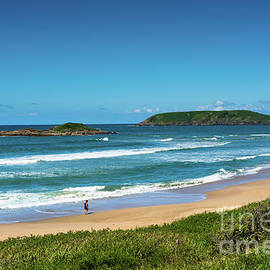 Coffs Harbour Park beach by Andrew Michael