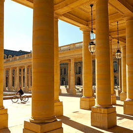 Alex Cassels - Colonnades at the Palais Royal