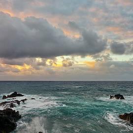 Jon Glaser - Color in Maui