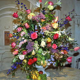 Sally Weigand - Colorful Floral Arrangement