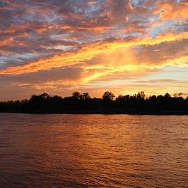 Cynthia Guinn - Colorful Sky At Sunset