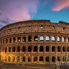 Inge Johnsson - Colosseum Twilight