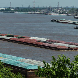 Garry McMichael - Commercial River Traffic on the Mississippi