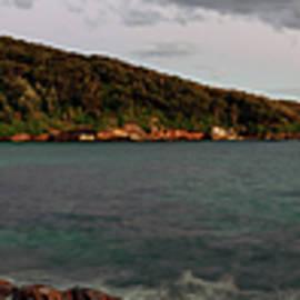 Nicholas Blackwell - Congwong Bay