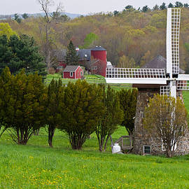 Connecticut Windmill. by David Freuthal