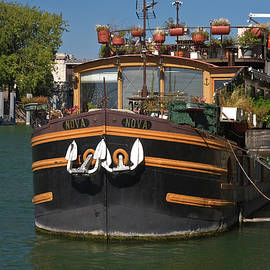 Sally Weigand - Converted Barge Houseboat