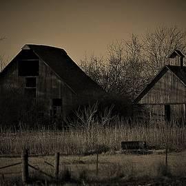 Country barns by Dwight Eddington