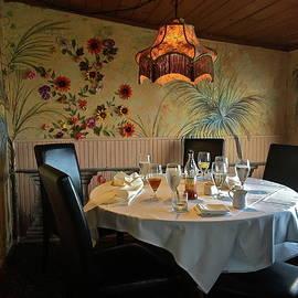 Denise Mazzocco - Cozy Dining Nook