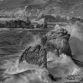 Steve Gadomski - Crashing Waves Big Sur CA BW