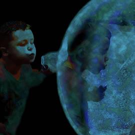 Lesa Fine - Creation of The Bubble