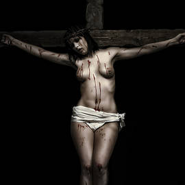Ramon Martinez - Female Crucifix I Dark