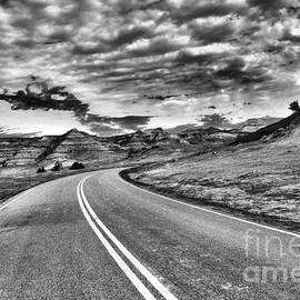 Curve in the badlands by Jeff Swan