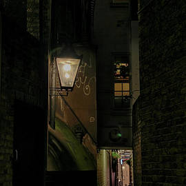 Jasna Buncic - Dark Alley London