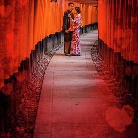 Eva Lechner - Dating at Fushimi Inari
