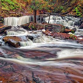 Delaware Waterfalls by Marcia Colelli