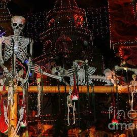 Jenny Revitz Soper - Dem Bones