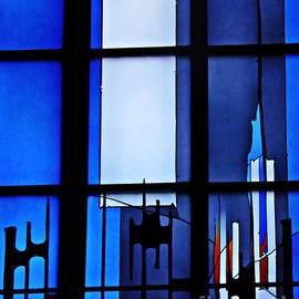 Sarah Loft - Detail of Modern Johannes Schreiter Window Mainz 2