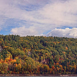 Devil's Lake Autumn Text. by Theo O'Connor