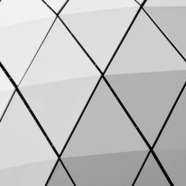 Gala Sofie Kuhn - Diagonals