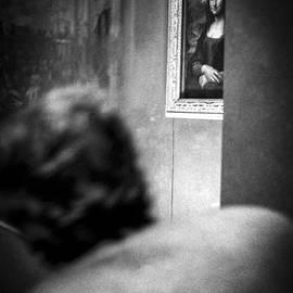 Dialogue with Mona Lisa - La Joconde .In Louvre Museum Paris.  by Cyril Jayant