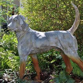 Cynthia Guinn - Dog On Alert Statue