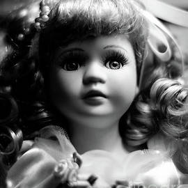 Doll 53 by Robert Yaeger