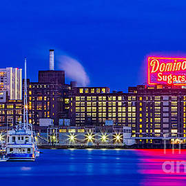 Domino Sugar Factory by Jerry Fornarotto
